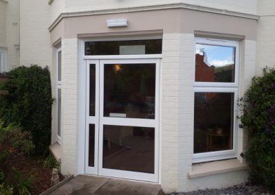 Commercial Aluminium Door (800x450)